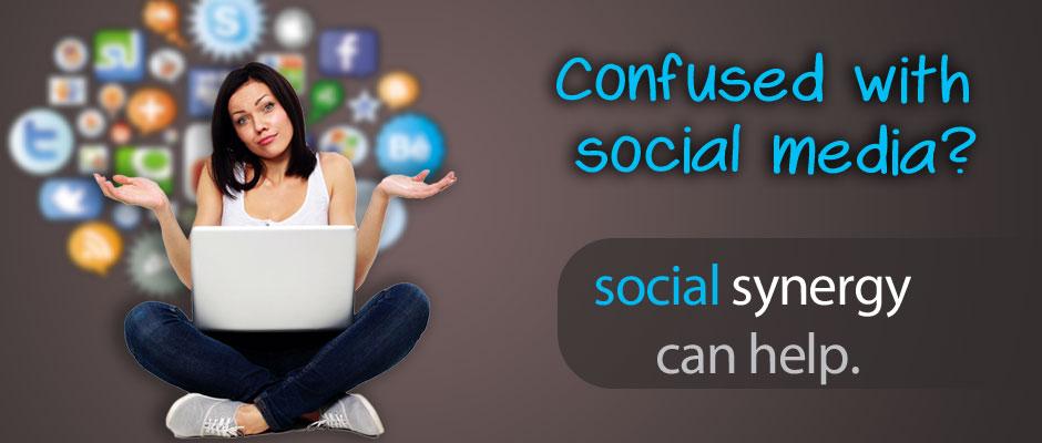 SS-sl940x400-girl-socialmedia